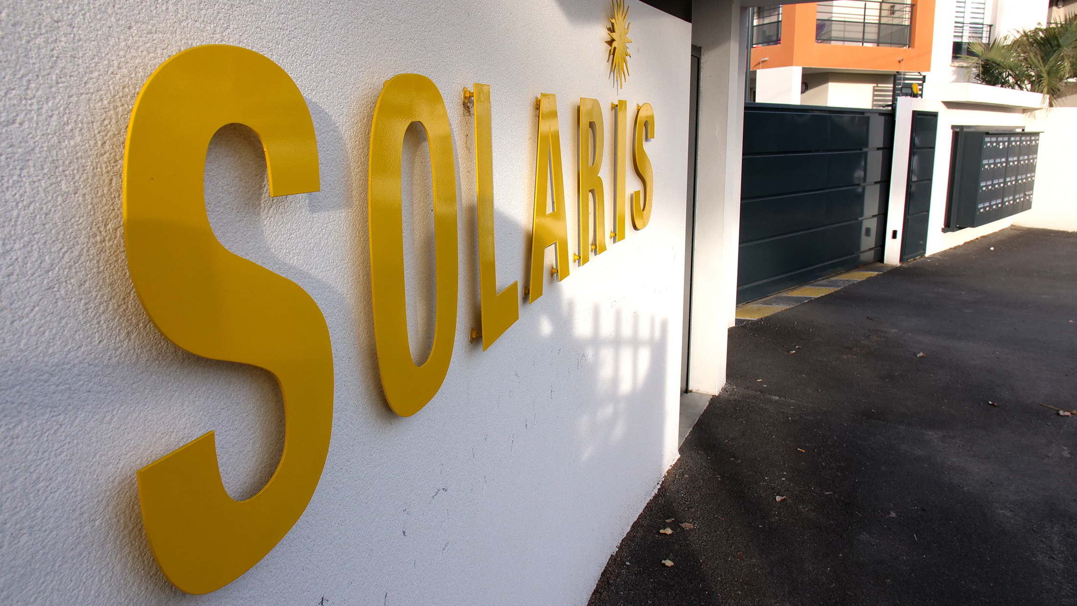 SOLARIS Entre Residence